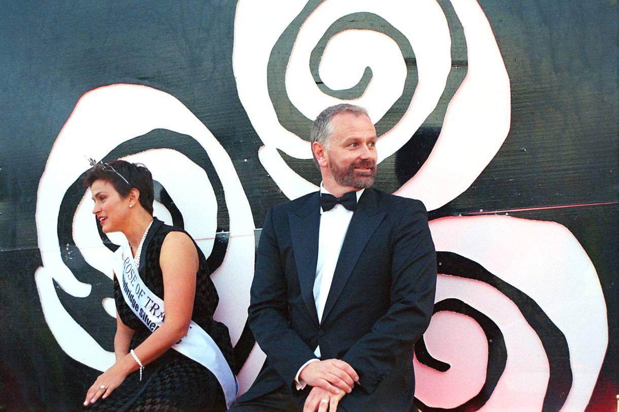 how s inner beauty pageant is getting a makeover broadly last year s rose of tralee maria walsh tv host daacuteithiacute seacute on their float during the saturday parade photo by colin aherne