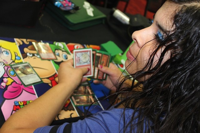On The Grind With The Women of Magic: The Gathering - VICE