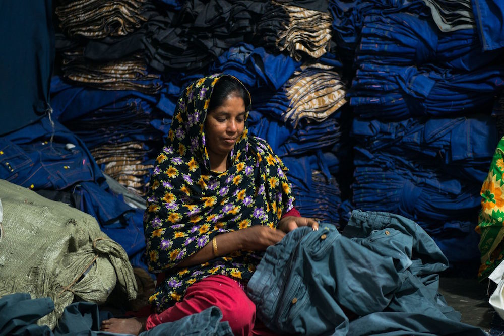 jinjian garment factory essay Bangladeshi women with access to garment factory jobs are able to avoid early  marriage and childbirth and stay in school, according to the.