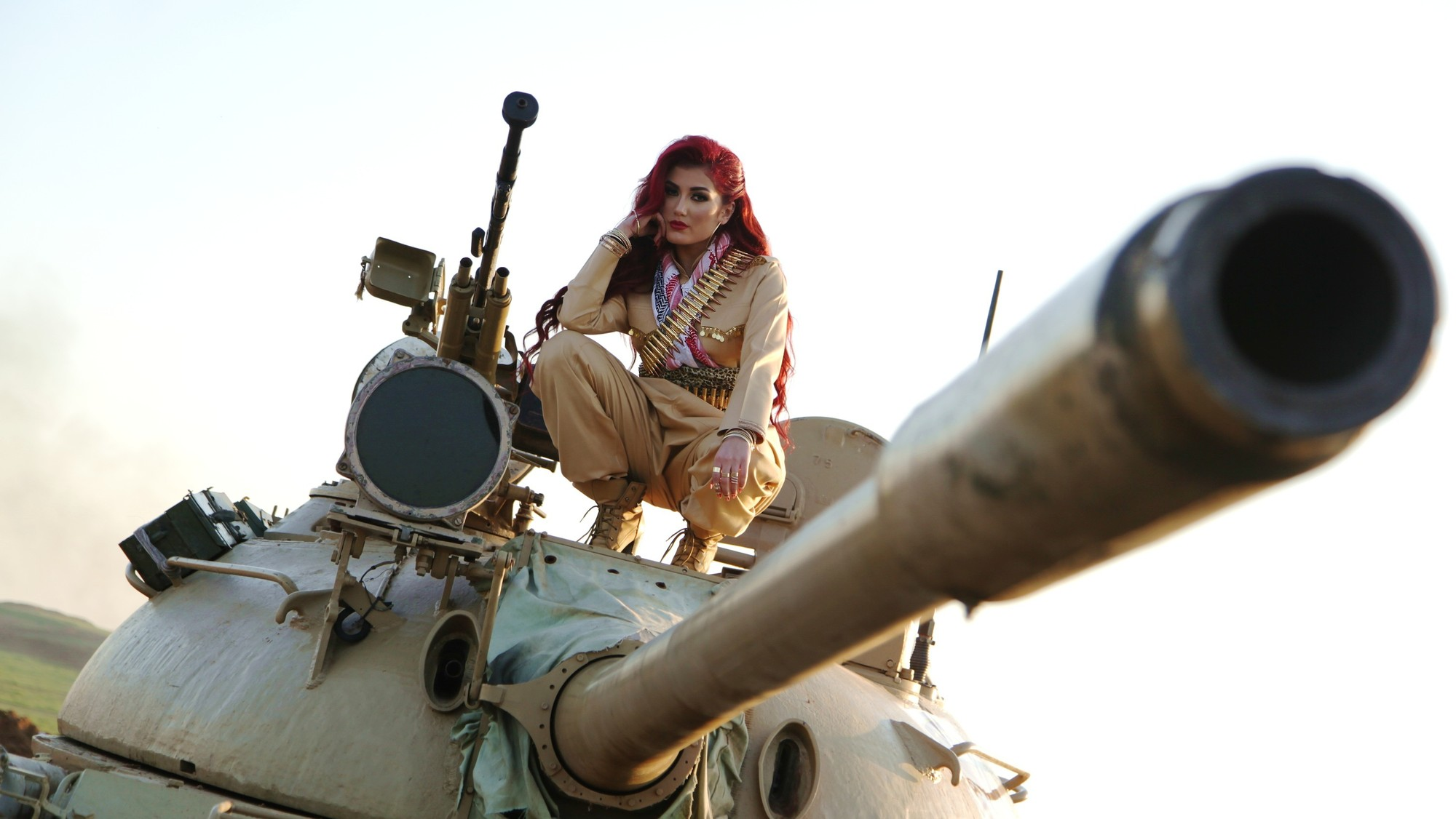 This Kurdish Singer Is Fighting ISIS with Pop Songs - VICE