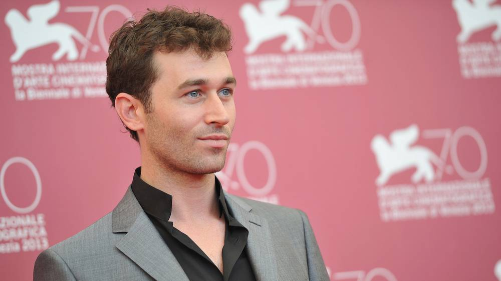 After James Deen Rape Allegations, Porn Companies Debate the Issue of Consent