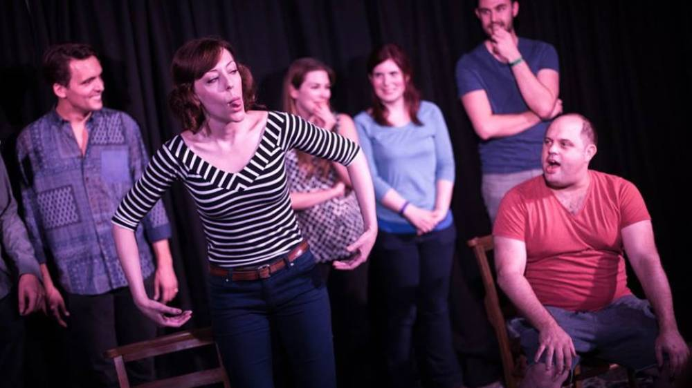 London's Newest Craze is Improv Comedy, Apparently