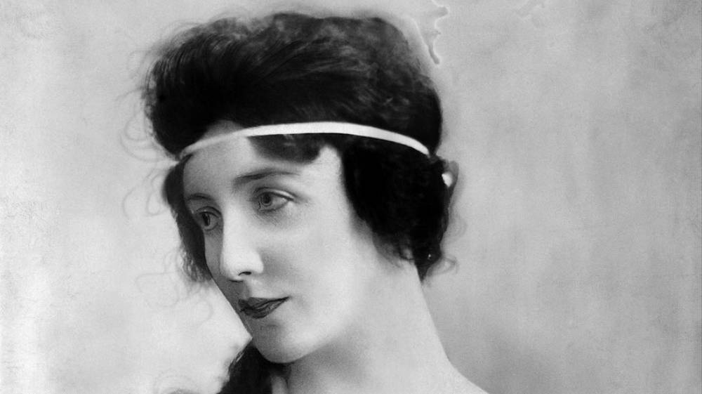 America's First Supermodel Died Alone in a Mental Asylum