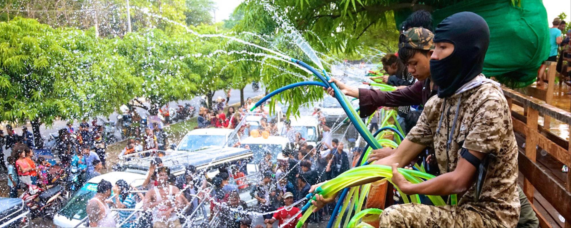 Myanmars Water Festival Is An Alcohol-Fueled, Misogynistic Mess  Broadly-7638