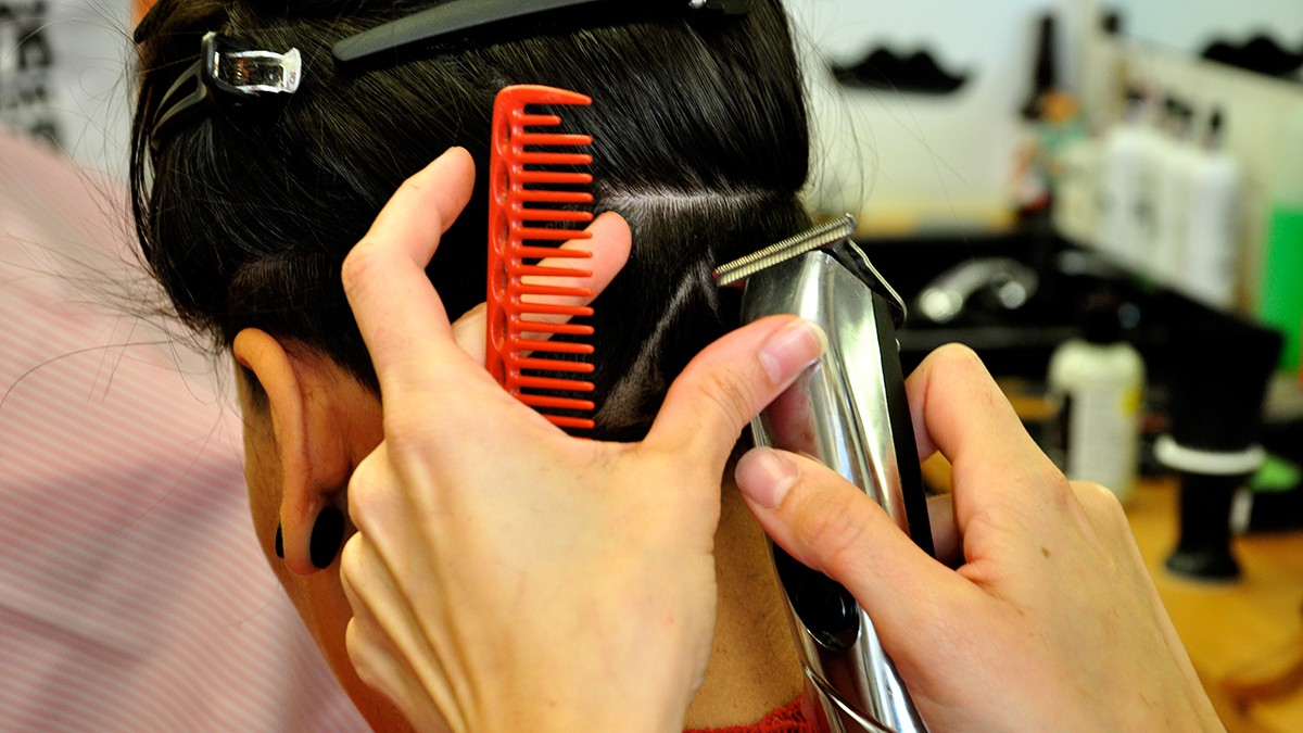 The Gender-Neutral Hair Salon Cutting Through Sexism