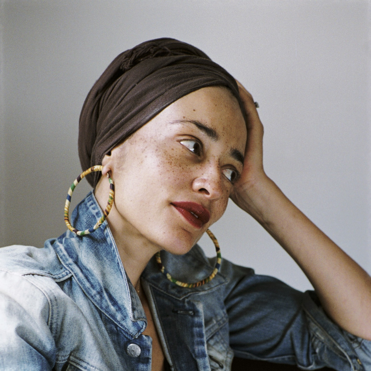 erin vanderhoof broadly zadie smith 39 s new novel is an essay on fame identity