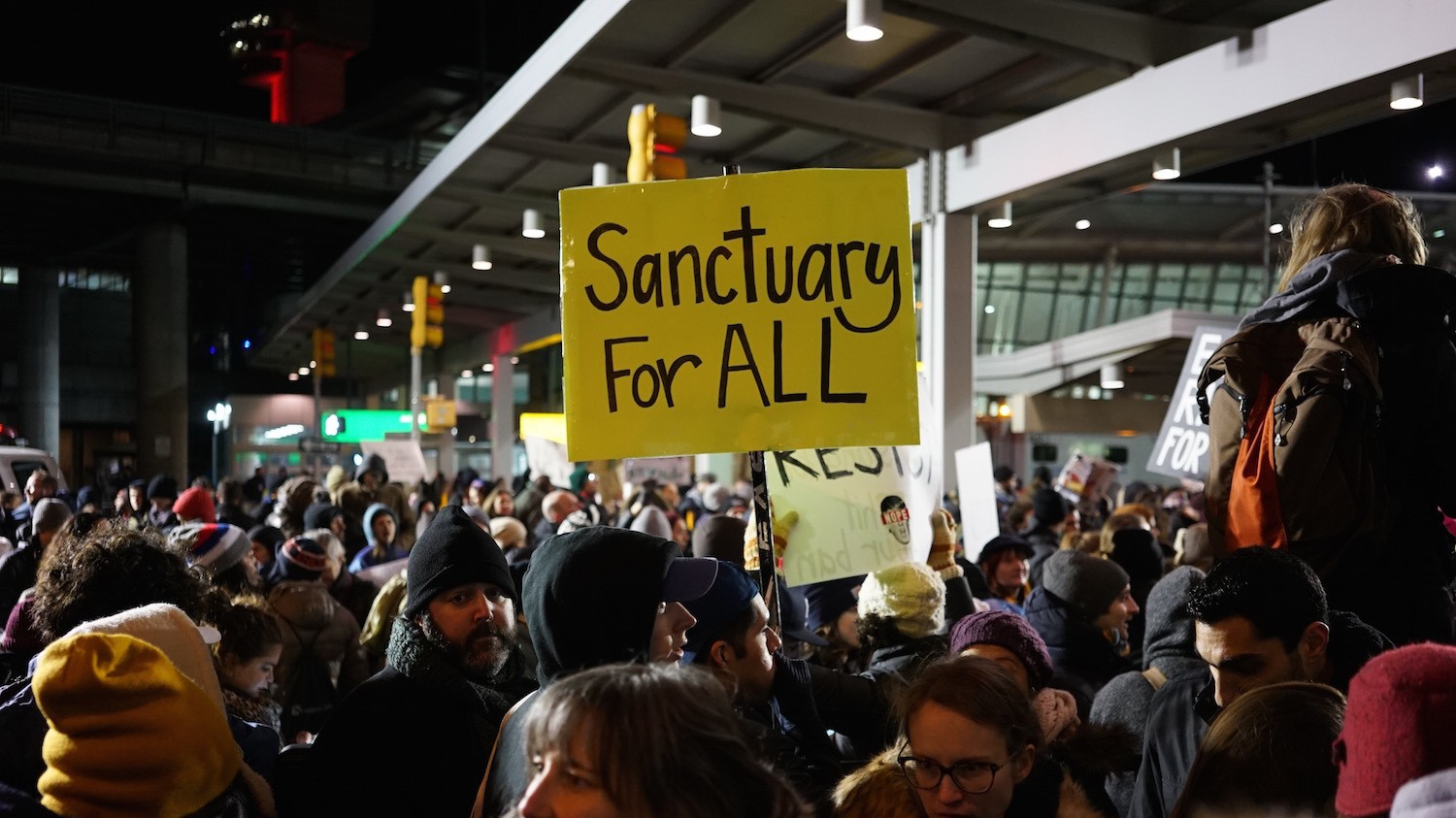 In Photos: New Yorkers Flood JFK Airport in Massive Outcry Over Muslim Ban