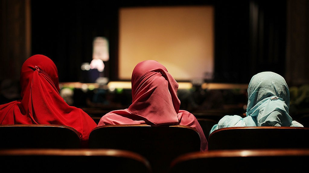 The Ongoing Trauma of the Muslim Students an Undercover Cop Spied on For 4 Years